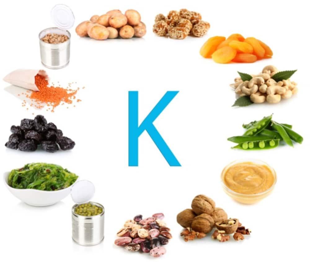 Alimentos con vitamina k benficios fuentes y deficiencias for Comidas con d